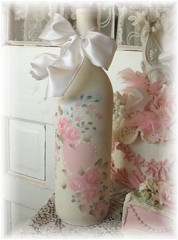 Romantic Rose Cottage Bottle