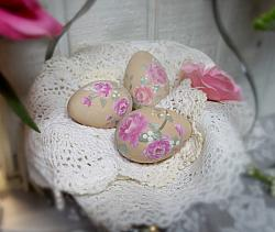 Hand Painted Farmhouse Brown Eggs With Berry Roses