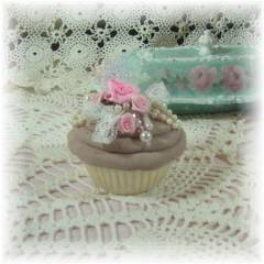 Sweet faux Chocolate Snowflake Cupcake