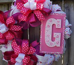 Pretty in Pink Letter G Wreath