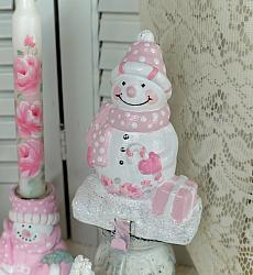 Sweet Pink Snowman Stocking Holder/Shelf Setter